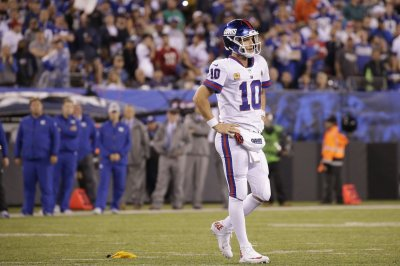 New York Giants' Pat Shurmur: 'Eli's our quarterback'