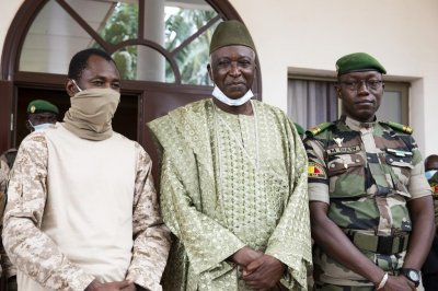Bah Ndaw sworn in as interim president of Mali
