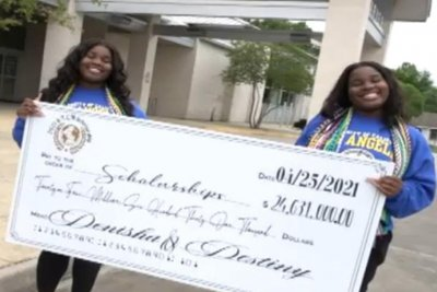 Identical twins earn $24 million worth of scholarships