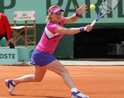 Clijsters passing up French Open