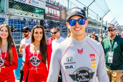 Rahal ends lengthy winless drought in IndyCar at Auto Club Speedway
