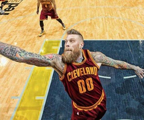 Cleveland Cavaliers' Chris Andersen suffers season-ending ACL injury