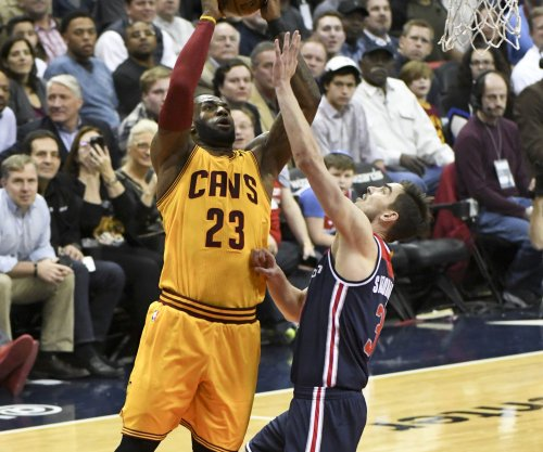 LeBron James, Kyrie Irving help Cleveland Cavaliers pull away from Minnesota Timberwolves