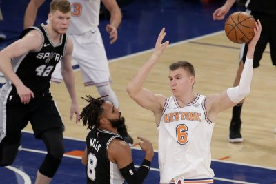 Hawks seek defensive help versus Knicks
