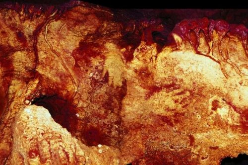 Neanderthals made first cave paintings 20,000 years before modern humans