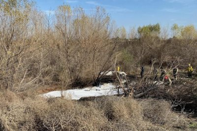 Small plane crash kills four in Southern California