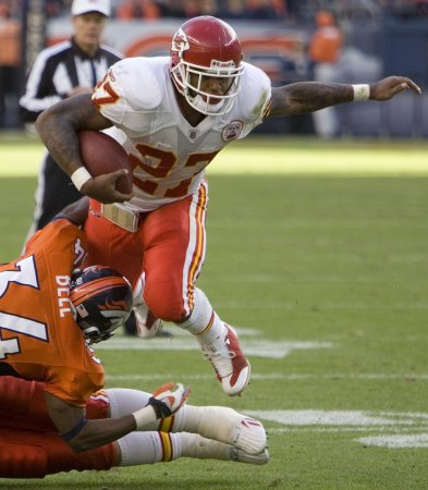 Bengals sign running back Larry Johnson
