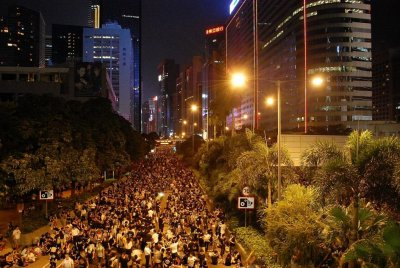 Hong Kong chief executive: End protests now