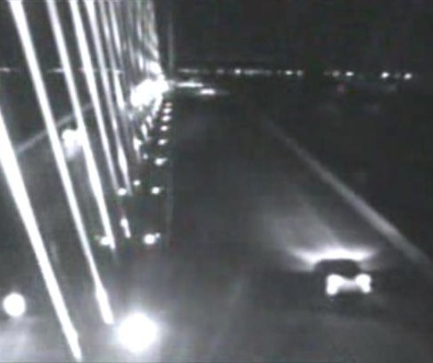 Police: Man fell off Florida bridge while changing a tire