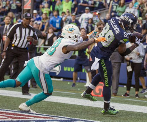 Doug Baldwin's late TD lifts Seattle Seahawks past Miami Dolphins