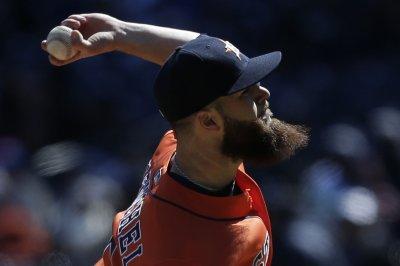 Dallas Keuchel stellar in Houston Astros' victory over Oakland Athletics