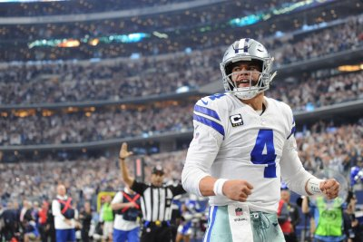 Dallas Cowboys clinch NFC East with win over Tampa Bay Buccaneers