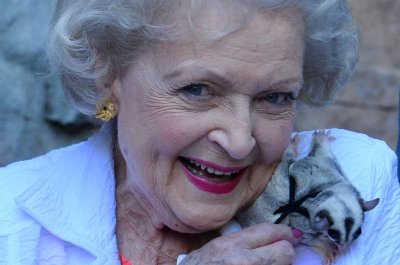 Celebrities wish Betty White a happy 99th birthday