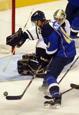 NHL: St. Louis 6, Dallas 1