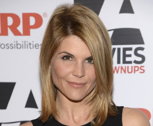 Lori Loughlin talks possible return for 'Full House' reboot