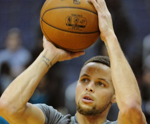 Golden State Warriors' Stephen Curry calls criticism from NBA greats 'annoying'