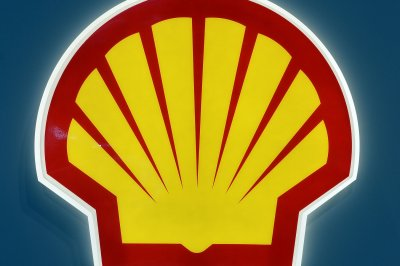 Shell completes $4.4 billion in sales a day before earnings report