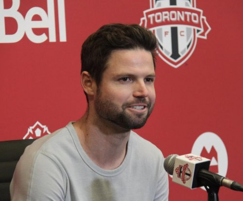 Drew Moor: Toronto FC re-signs defender