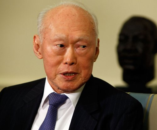 Lee Kuan Yew, Singapore's founder and first prime minister, dies at 91