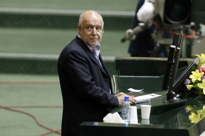Iran's oil minister defends market share