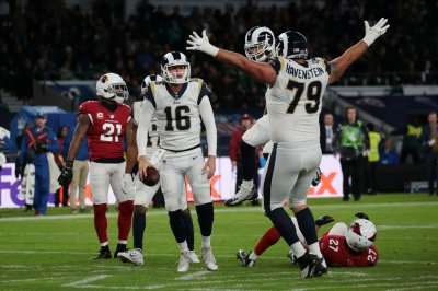 Los Angeles Rams steamroll New York Giants behind Jared Goff