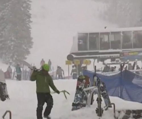 Blizzard, avalanche in Calif. kill one, injure 2 others