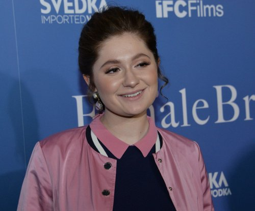 'Roseanne' star Emma Kenney enters treatment after 'illegal' behavior