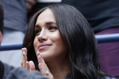 Meghan Markle, Gloria Steinem discuss voting during 'backyard chat'