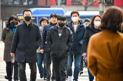 South Korea introduces mask mandate in COVID-19 fight