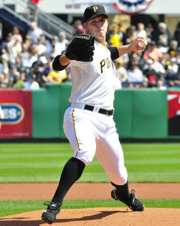 MLB: Pittsburgh 10, Chicago Cubs 0