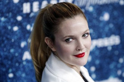 Drew Barrymore to publish new memoir
