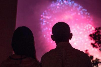 Obama celebrates Independence Day, 'freedom paid for by military members'