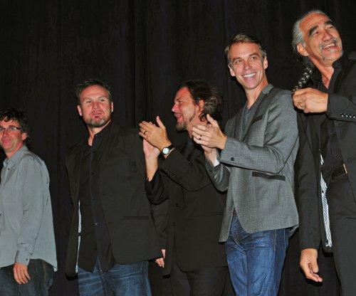 Pearl Jam to release live album through Jack White's Third Man Records