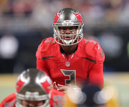 Jameis Winston tosses 4 TDs as Tampa Bay Buccaneers beat Atlanta Falcons