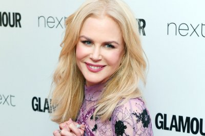 Nicole Kidman dazzles at Glamour Awards: 'It is not over at 40'