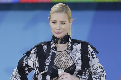 Iggy Azalea sued for failure to pay $300,000 credit card debt