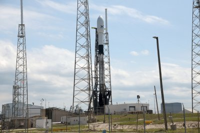 SpaceX Starlink launch scrubs due to upper-level winds