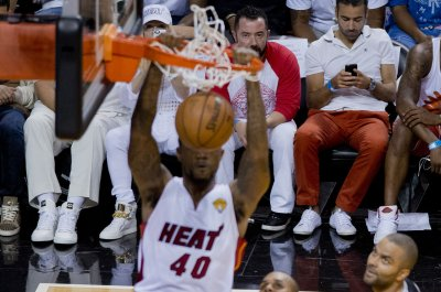 Heat forward Udonis Haslem to return for 17th season