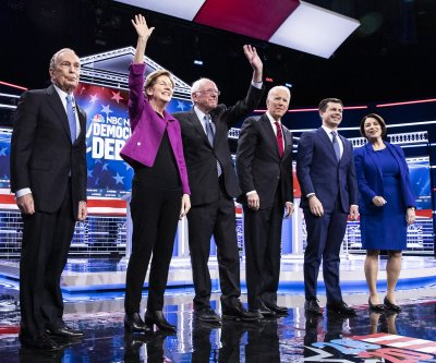 Democratic candidates tackle healthcare, climate in Nevada debate