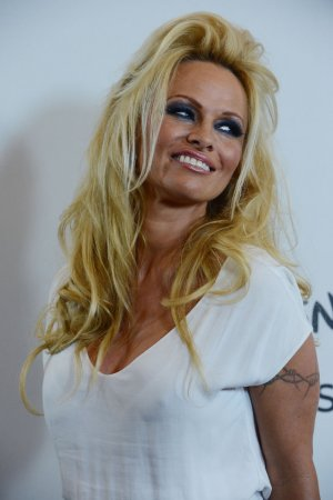 Pam Anderson gets the boot from 'DWTS'