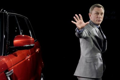 First teaser trailer released for Daniel Craig's next James Bond adventure 'Spectre'