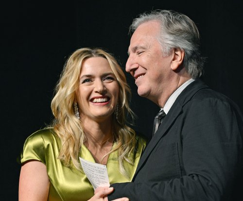 'Harry Potter' stars, Kate Winslet mourn Alan Rickman