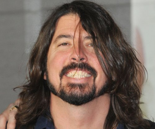 Dave Grohl honors Lionel Richie with epic 'You Are' performance