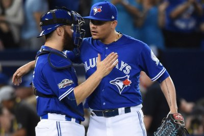 Toronto Blue Jays release OF Melvin Upton Jr., place closer Roberto Osuna on disabled list