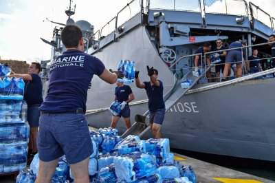 Caribbean seeks assistance amid looting after Hurricane Irma