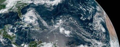 Hurricane-Isaias-strengthens-as-it-creeps-closer-to-Florida