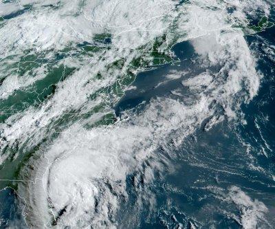 Isaias will become a hurricane as it nears Carolinas, NHC says