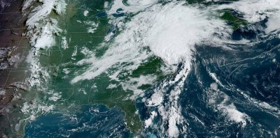 Tropical Storm Isaias moving up Mid-Atlantic, threatens tornadoes