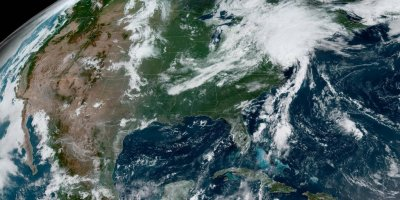 Tropical Storm Isaias 'racing' toward New York; tornadoes possible