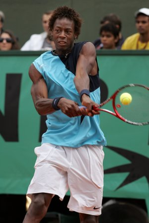 Monfils ousted in Casablanca tournament